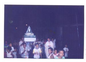 F-0018-P-Sabino-en-Procesion-Virgen-de-las-Velitas-Las-Minitas-Baruta-1998-ITER