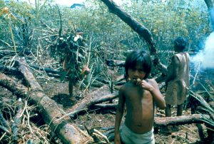 F-04838-Indigenas-Piaroa-Venezuela-1979-CONAC-INIDEF