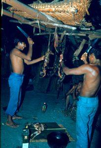 F-04849-Indigenas-Piaroa-Venezuela-1979-CONAC-INIDEF
