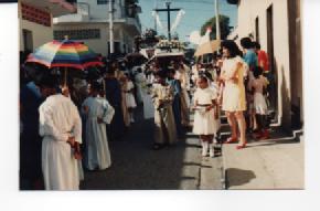 F-0345-SSanta-Procesion-Jueves-Santo-Tacarigua-Mamporal-Miranda-1985-EAGO