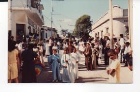 F-0347-SSanta-Procesion-Jueves-Santo-Tacarigua-Mamporal-Miranda-1985-EAGO