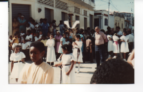 F-0349-SSanta-Procesion-Jueves-Santo-Tacarigua-Mamporal-Miranda-1985-EAGO