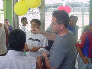 F-09155-V-Merced-PenitenciariaGV-II-El-Carmen-2001-Ponc
