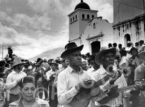 F-09537-Hermanos Rojas tocando La Batalla