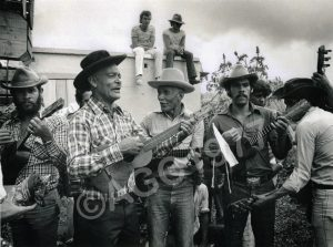 F-09541-Los Hermanos Rojas