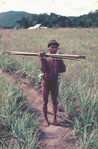 F-04936-Indigenas-Yanomami-Amazonas-Venezuela-1966-Carmen-Dyna-Guitian-Pedrosa