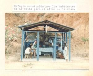 F-00462-TdC-140-Velorio-Cruz-M-S-Juan-Soapire-1986-IPC-UPEL-300x246