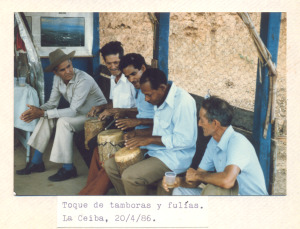 F-00474-TdC-140-Velorio-Cruz-M-S-Juan-Soapire-1986-IPC-300x229