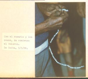 F-00492-TdC-140-Velorio-Cruz-M-S-Juan-Soapire-1986-IPC-300x268