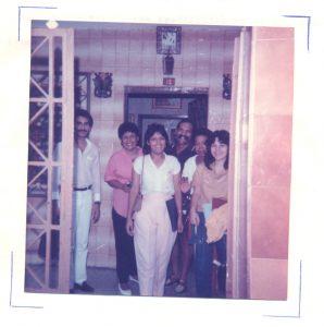 F-00557-TdC-0143-Velorio-Cruz-El-Cuartel-Catia-Caracas-1986-IPC-UPEL