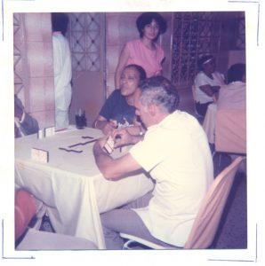 F-00572-TdC-0143-Velorio-Cruz-El-Cuartel-Catia-Caracas-1986-IPC-UPEL