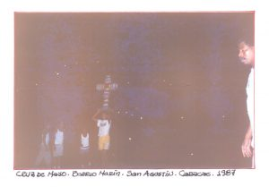 F-01763-TdC-0222-Cruz-Mayo-Barrio-Marin-San-Agustin-Caracas-1987-IPC-UPEL
