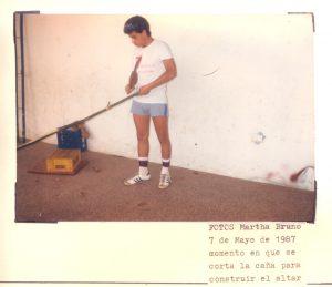 F-01946-Cruz-Mayo-Alberto-Ravell-El-Valle-Caracas-1987-IPC-UPEL