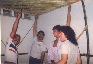 F-01969-Cruz-Mayo-Alberto-Ravell-El-Valle-Caracas-1987-IPC-UPEL