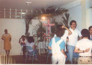 F-01982-Cruz-Mayo-Alberto-Ravell-El-Valle-Caracas-1987-IPC-UPEL