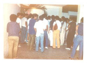 F-01986-Cruz-Mayo-Alberto-Ravell-El-Valle-Caracas-1987-IPC-UPEL