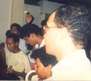 F-01992-Cruz-Mayo-Alberto-Ravell-El-Valle-Caracas-1987-IPC-UPEL