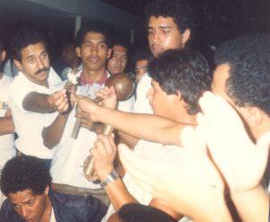 F-01994-Cruz-Mayo-Alberto-Ravell-El-Valle-Caracas-1987-IPC-UPEL