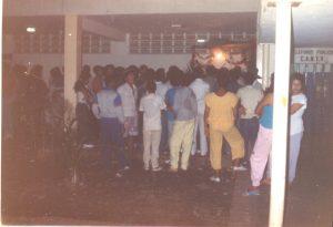 F-02002-Cruz-Mayo-Alberto-Ravell-El-Valle-Caracas-1987-IPC-UPEL