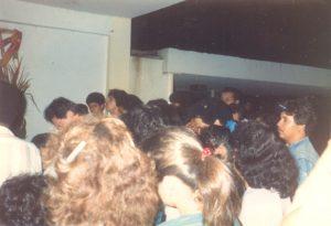 F-02005-Cruz-Mayo-Alberto-Ravell-El-Valle-Caracas-1987-IPC-UPEL