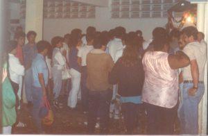 F-02010-Cruz-Mayo-Alberto-Ravell-El-Valle-Caracas-1987-IPC-UPEL