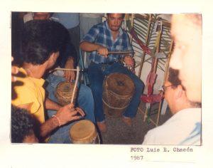 F-02017-Cruz-Mayo-Alberto-Ravell-El-Valle-Caracas-1987-IPC-UPEL