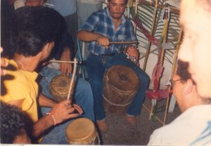 F-02018-Cruz-Mayo-Alberto-Ravell-El-Valle-Caracas-1987-IPC-UPEL
