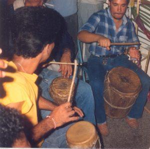 F-02019-Cruz-Mayo-Alberto-Ravell-El-Valle-Caracas-1987-IPC-UPEL