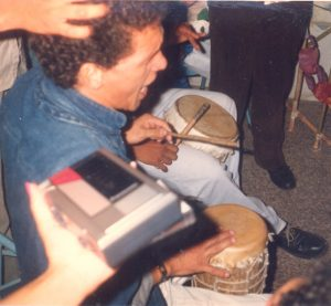 F-02022-Cruz-Mayo-Alberto-Ravell-El-Valle-Caracas-1987-IPC-UPEL