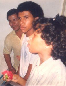 F-02027-Cruz-Mayo-Alberto-Ravell-El-Valle-Caracas-1987-IPC-UPEL