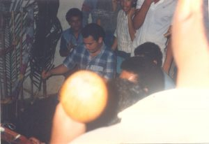 F-02040-Cruz-Mayo-Alberto-Ravell-El-Valle-Caracas-1987-IPC-UPEL