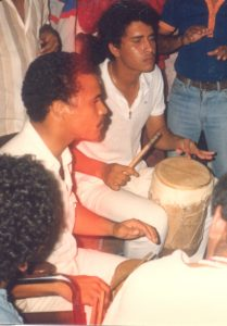 F-02043-Cruz-Mayo-Alberto-Ravell-El-Valle-Caracas-1987-IPC-UPEL