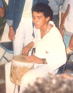 F-02051-Cruz-Mayo-Alberto-Ravell-El-Valle-Caracas-1987-IPC-UPEL