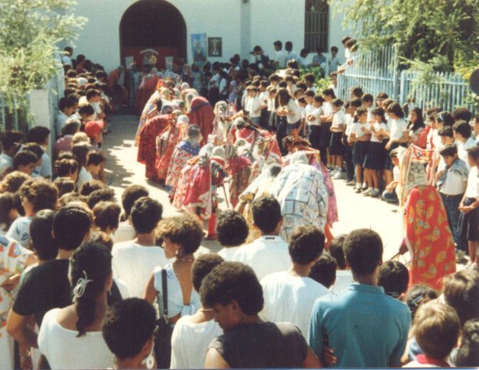F-02095-Diablos-D-Turiamo-Barrio-23-01-Maracay-1987-IPC-UPEL