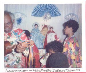 F-02102--Diablos-D-Turiamo-Barrio-23-01-Maracay-1987-IPC-UPEL
