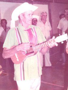 F-02559-Parranda-Los-Romeros-Altagracia-Orituco-G-junio-1984-EAOQ