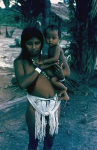 F-04836-Indigenas-Piaroa-Venezuela-1979-CONAC-INIDEF