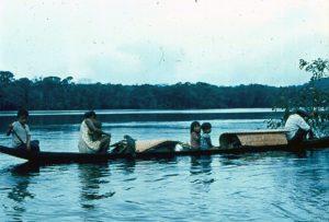 F-04837-Indigenas-Piaroa-Venezuela-1979-CONAC-INIDEF