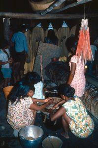 F-04853-Indigenas-Piaroa-Venezuela-1979-CONAC-INIDEF