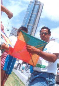 F-03211-Papagallos-Festival-Fundarte-Caracas-Paseo-Vargas-Dia-Niño-15-11-1991-Moraiba-Tibisay-Pozo