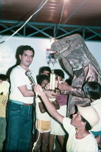 -05229-SI-Locos-Vela-Coro-1987-IPC-UPEL