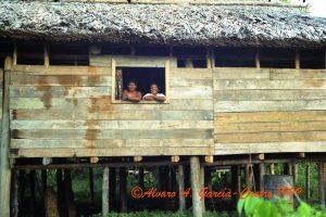 F-09451-1999 Marzo Jubasujuru Casa del hijo de Tirso Gómez y Surdelina Márquez 3 copy