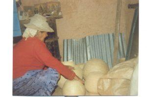 F-00303-Ceramica-Yay-Lara-Cruda-Quemar-con-Leña-1982-EAGO