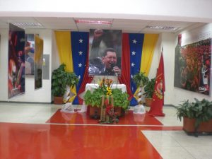 F-02504-Religion-Politica-Altar-Chavez-La-Guaira-08.2014-NAM.JPG.jpg