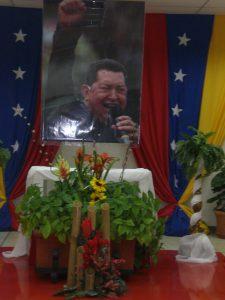 F-02506-Religion-Politica-Altar-Chavez-La-Guaira-08.2014-NAM.JPG.jpg