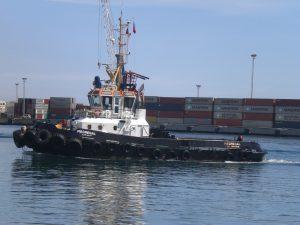 F-02523-Barcos-Remolcador-La-Guaira-Vargas-agosto-2014-NAMJPG