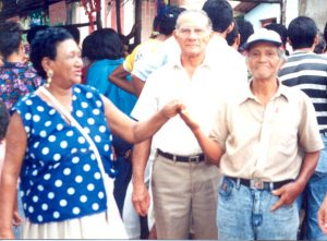 F-02596-Guillermina-Ramirez-Playa-Grande-I-Coloquio-Carupano-Sucre-julio-1993-Violeta-Manrique