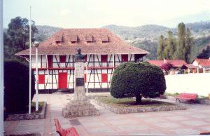 F-06572-San-Martin-de-Tours-Colonia-Tovar-Aragua-1988-IPC-UPEL