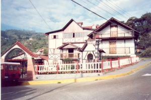 F-06586-San-Martin-de-Tours-Colonia-Tovar-Aragua-1988-IPC-UPEL