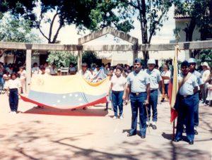 F-06839-TdC-0279-Fiesta-Infantil-El-Sombrero-1989-IPC-UPEL
